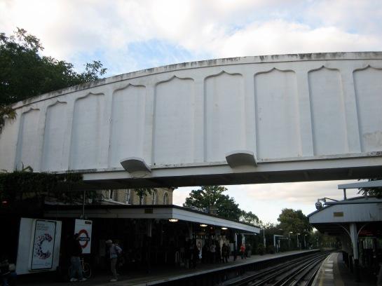 Kew jumping